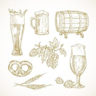 Conjunto de esboços de cerveja de vetor. ilustrações desenhadas à mão de óculos