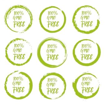 Conjunto de etiqueta da etiqueta grunge livre de ogm em um fundo branco