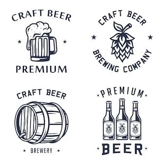 Conjunto de etiquetas de cerveja Vetor Premium