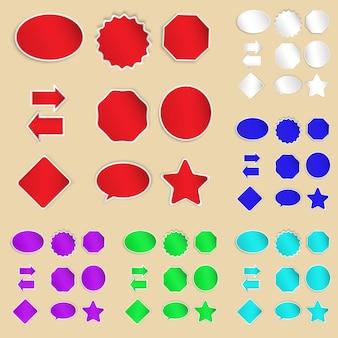 Conjunto de etiquetas de papel e adesivos em diferentes formas e cores sem texto