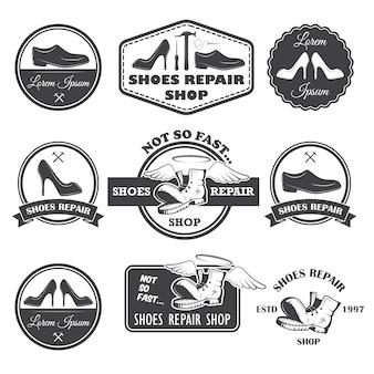 Conjunto de etiquetas de reparo de sapatos vintage, emblemas e elementos desenhados.