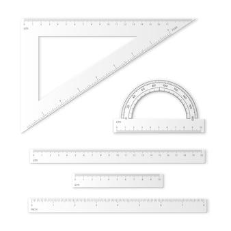 Conjunto de ferramentas de medição. réguas, triângulos, transferidor.