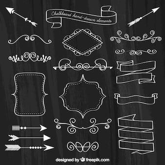 Conjunto de fitas, quadros e setas em estilo quadro-negro