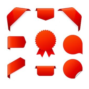 Conjunto de fitas vermelhas em branco