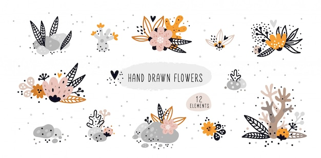 Conjunto de flores de mão desenhada isolado no fundo branco. coleção de elementos florais