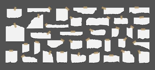 Conjunto de folhas rasgadas de papel branco rasgado com adesivo.