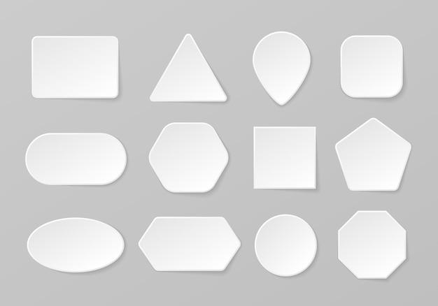 Conjunto de formas geométricas de botão branco em branco