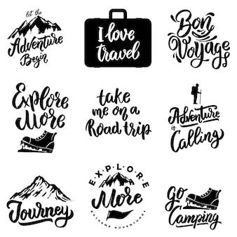 Conjunto de frases de motivação de letras com montanha de elementos de viagem e aventura