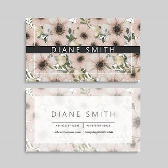 Conjunto de frente e verso do cartão de visita com flores