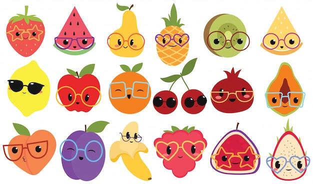 Conjunto de frutas dos desenhos animados com óculos. coleta de frutos bonitos com rostos.