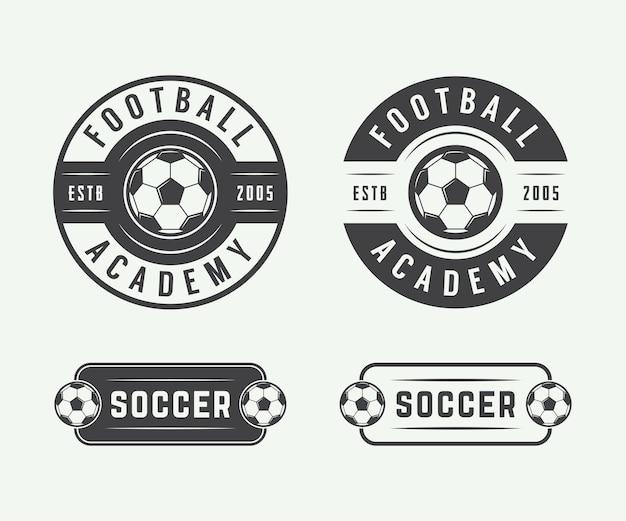 Conjunto de futebol vintage ou logotipo de futebol, emblema, distintivo. ilustração vetorial