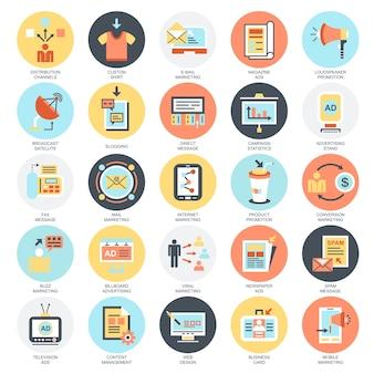 Conjunto de ícones conceituais planos de canais de mídia publicitária e distribuição de anúncios.