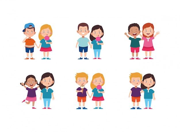 Conjunto de ícones de casais de crianças felizes dos desenhos animados