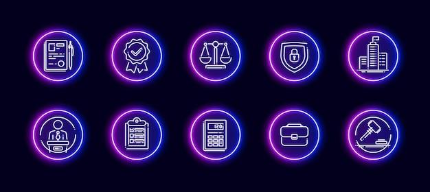 Conjunto de ícones de vetor 10 em 1 relacionado ao tema de julgamento. ícones do vetor lineart em estilo de brilho de néon isolado no fundo.