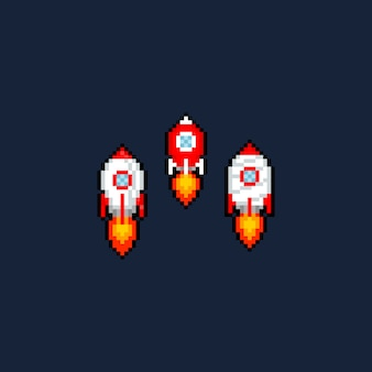 Conjunto de ícones do pixel art cartoon foguete.