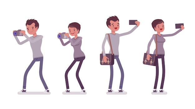Conjunto de jovem homem e mulher tirando fotos e selfie