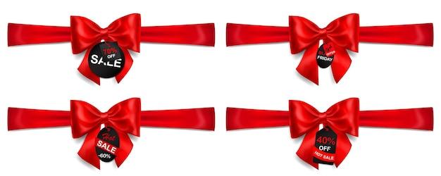 Conjunto de laços vermelhos com fitas horizontais, sombras e rótulos e etiquetas de venda em fundo branco