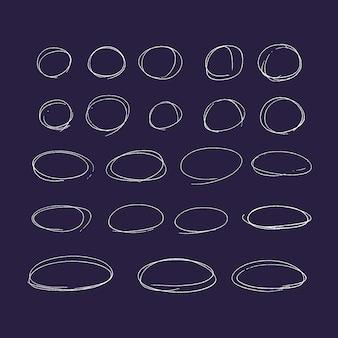 Conjunto de linhas e setas coloridas desenhadas de mão. elementos de marca-texto