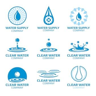 Conjunto de logotipo aqua, respingos de água e gotas