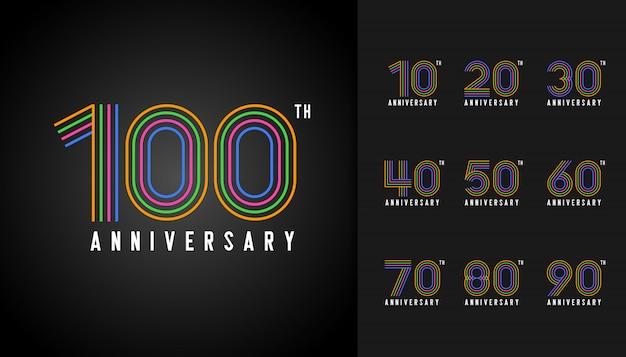 Conjunto de logotipo de aniversário colorido.