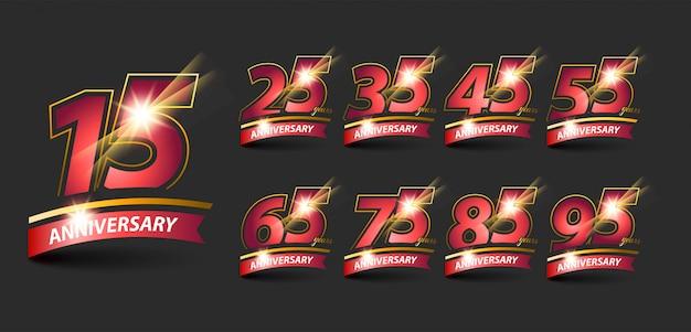 Conjunto de logotipo de aniversário de ouro vermelho com fita de aniversário.