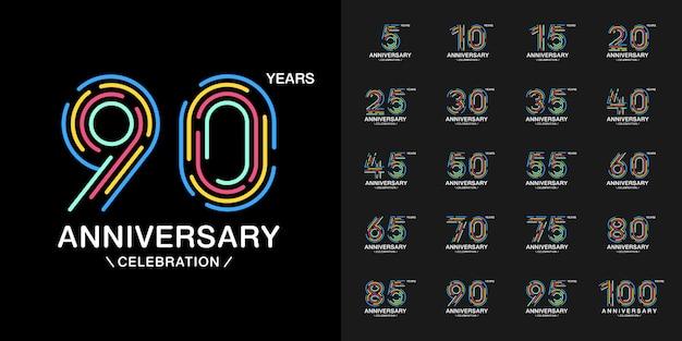 Conjunto de logotipo de celebração de aniversário colorido.