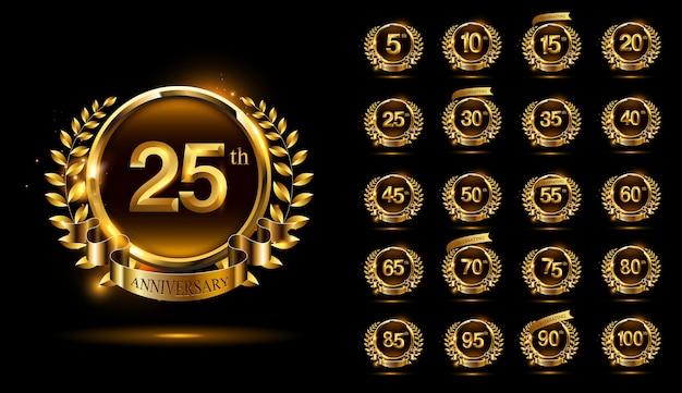 Conjunto de logotipo de celebração de aniversário de elegância com anel e fita e design de grinalda