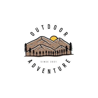 Conjunto de logotipo de crachá de verão e vetor premium de crachá de férias