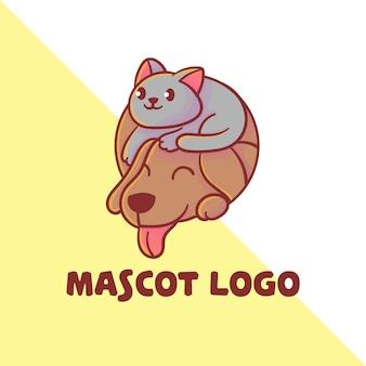 Conjunto de logotipo de mascote de gato e cachorro fofo