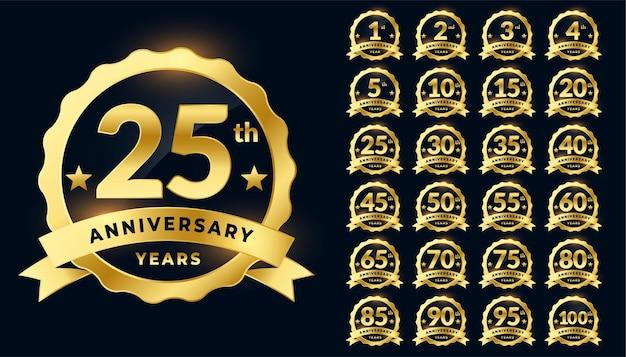 Conjunto de logotipo de rótulo de emblema dourado de aniversário de casamento