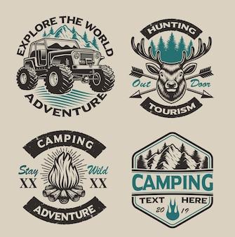 Conjunto de logotipos vintage para o tema de acampamento no fundo claro. perfeito para cartazes, roupas, camisetas e muitos outros. em camadas