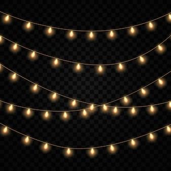 Conjunto de luzes brilhantes douradas festão isolado.