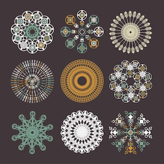 Conjunto de mandala tribal. ornamento geométrico do vetor do círculo abstrato. elemento de design para tecido, camiseta, adesivos, bolsas