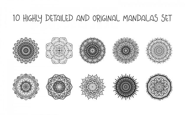 Conjunto de mandalas douradas de mão desenhada
