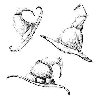 Conjunto de mão desenhada de bonés pontiagudos, isolados no fundo branco.