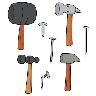 Conjunto de martelo e pregos