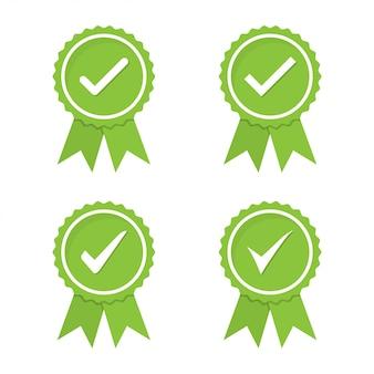 Conjunto de medalhas verdes aprovadas ou certificadas em um design plano