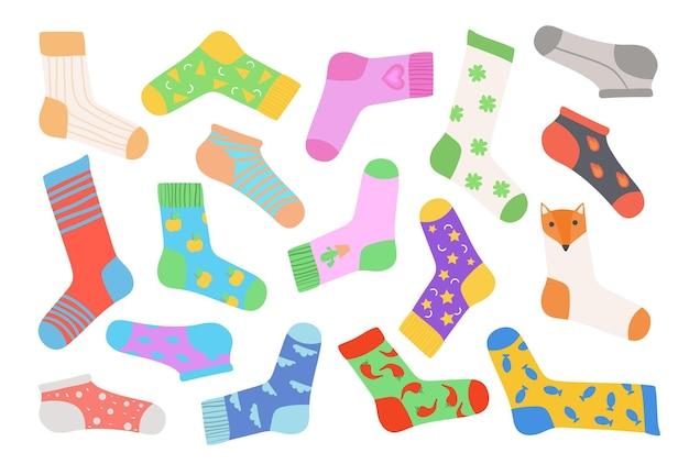 Conjunto de meias coloridas