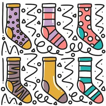 Conjunto de meias desenhadas à mão com ícones e elementos de design