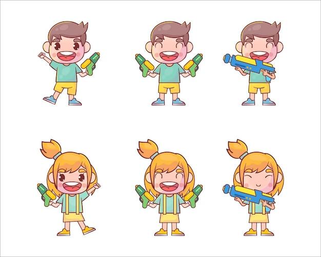 Conjunto de menino e menina brincando com pistola d'água Vetor Premium