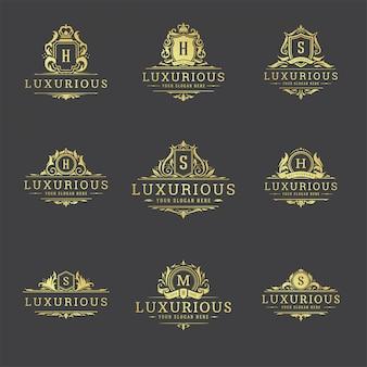 Conjunto de modelos de crista de logotipos e monogramas de luxo.