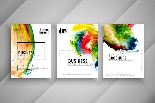 Conjunto de modelos de folheto colorido abstrato de três negócios