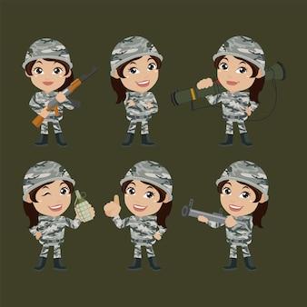 Conjunto de mulher de soldados do exército de uniforme com ação diferente