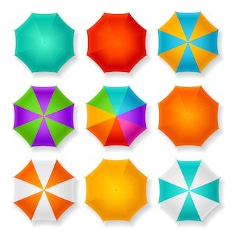 Conjunto de nove guarda-chuvas diferentes.