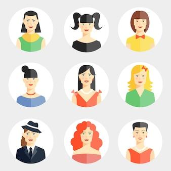 Conjunto de nove rostos de mulher jovem e bonita de vetor diferente em estilo simples.