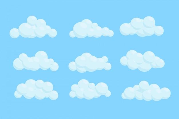 Conjunto de nuvens de desenho animado. ilustração sobre fundo azul.