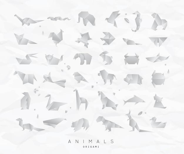 Conjunto de origami de animais amassado