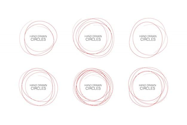 Conjunto de ovais desenhados à mão, círculos de caneta de feltro. elementos do quadro de vetor áspero.
