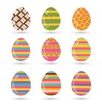 Conjunto de ovos de páscoa com textura diferente em um fundo branco