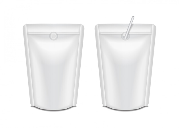 Conjunto de pacote de leite ou suco de folha em branco. embalagem saco de saquinho para branding
